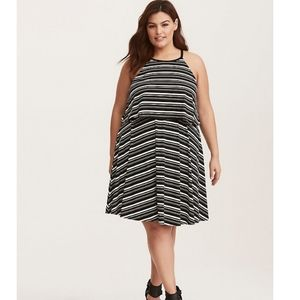 Torrid B/W Striped Jersey Twofer Tank Dress Sz 3